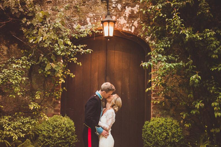 creative wedding photographer 221
