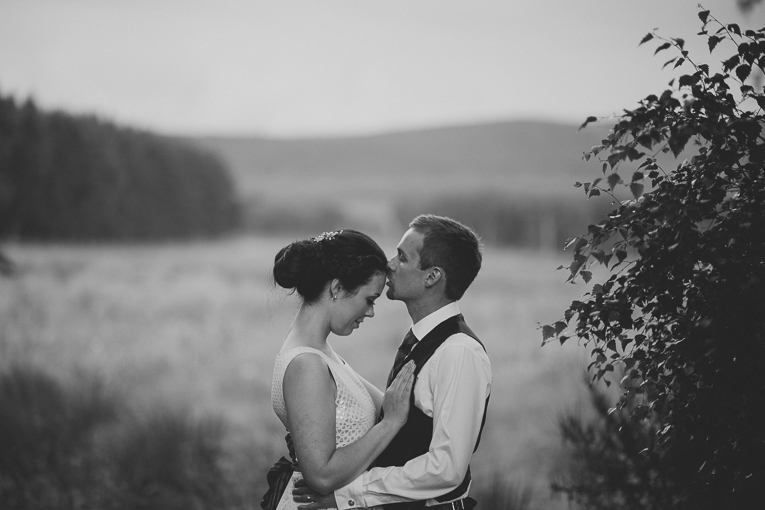 creative wedding photographer 240