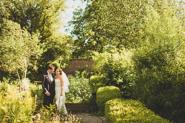 creative wedding photographer 103