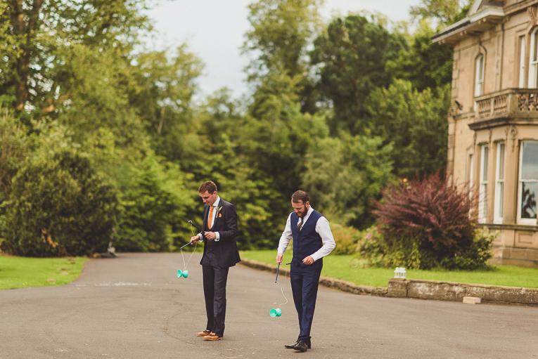 creative wedding photographer 160