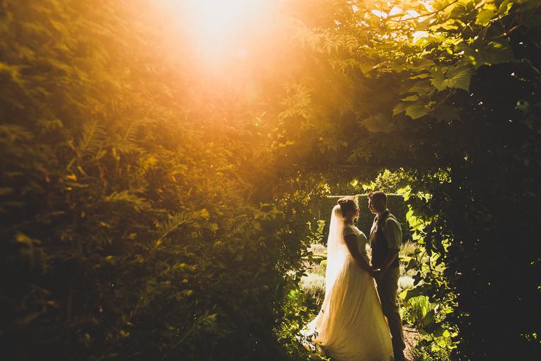 creative wedding photographer 118