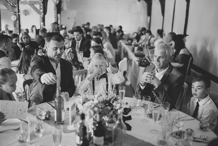 creative wedding photographer 140
