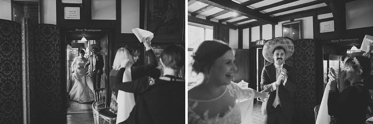 creative wedding photographer 125