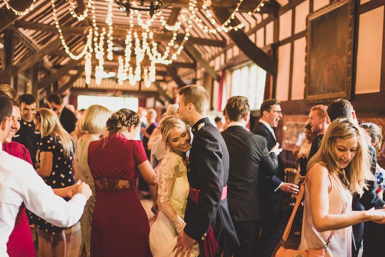 creative wedding photographer 209