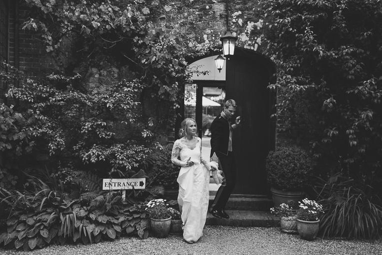 creative wedding photographer 220
