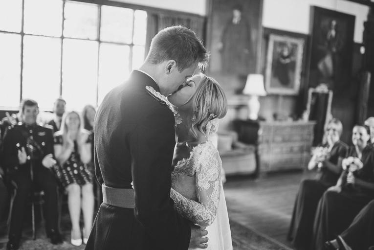 creative wedding photographer 130