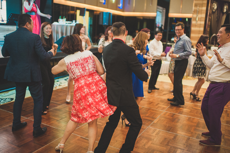 creative wedding photographer PMW 120